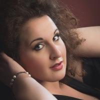 Intervista al Soprano Clarissa Costanzo: dal Conservatorio di Musica San Pietro a Majella di Napoli ai palchi più prestigiosi